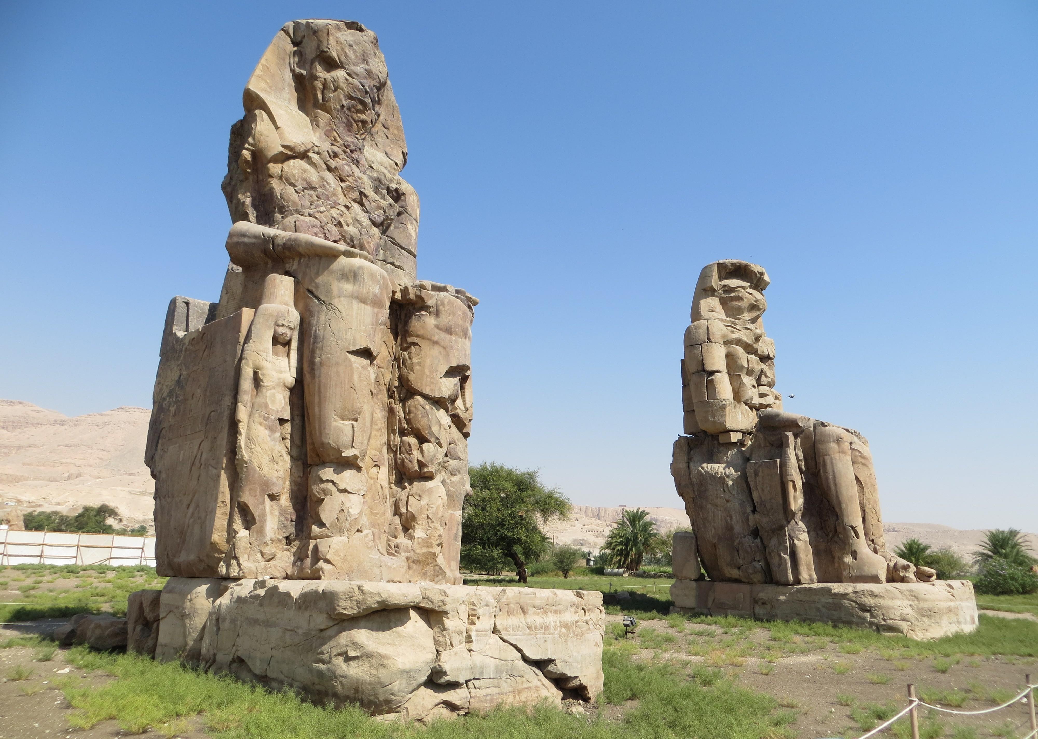 Los colosos de Memnòn